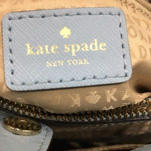 kate spade Bags - Kate Spade satchel with crossbody strap